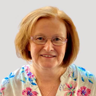 Dr Karen Hunter, Doctor